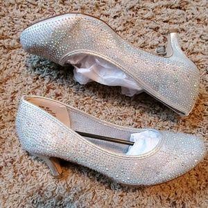Tiny heels